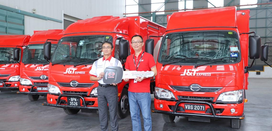 Hino Hands Over 70 Trucks To Jt Express Truck Bus News