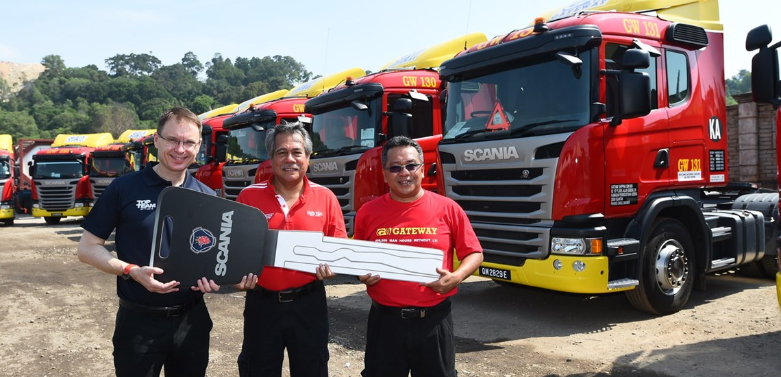Scania Malaysia Delivers 17 New Trucks to Gateway Shipping